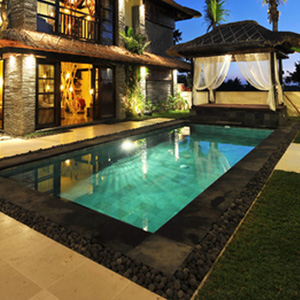 Pool lighting installation
